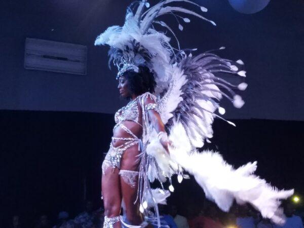 Tap De Screen Grand Raffle Bahamas Carnival Road Fever